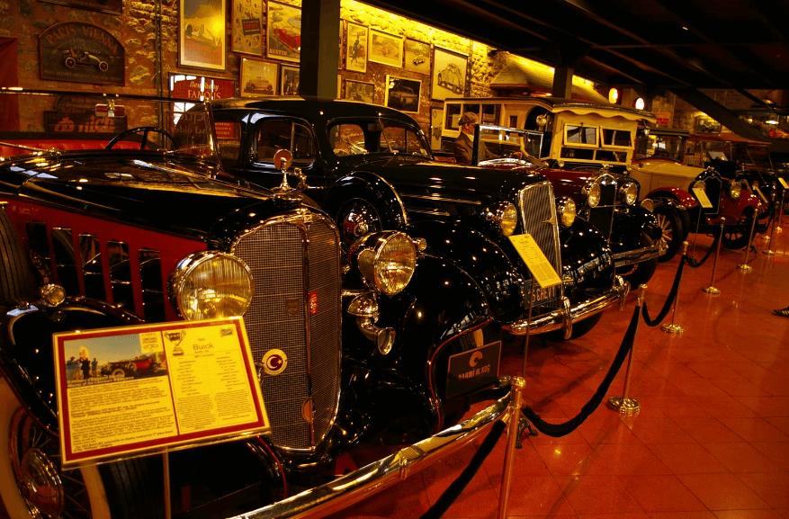متحف رحمي كوتش للسيارات