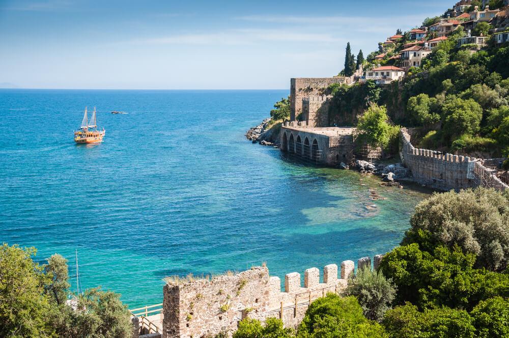 سواحل مدينة الانيا في انطاليا