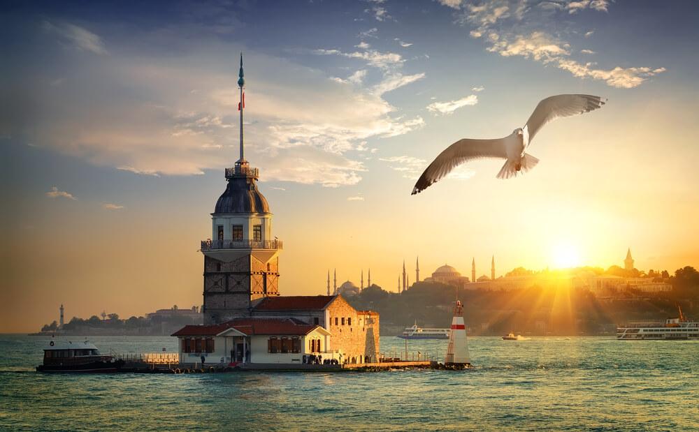 برج الفتاة او برج البنات في اسطنبول