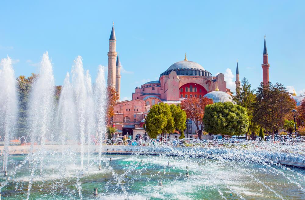 اهم المعالم السياحية في اسطنبول - ايا صوفيا